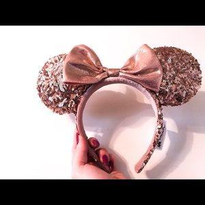 Minnie Mouse Rose Gold Ear Headband